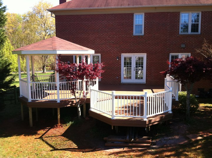 Gallery-Master-Building-Mint-Hill-Custom-Maintenance-Free-Deck-Gazeebo-White-PVC-Railing